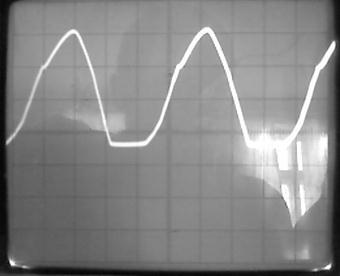 Описание: D:\Водники\Энергитическая электроника\Лабораторные\Осцилограммы\Photo-0092.jpg